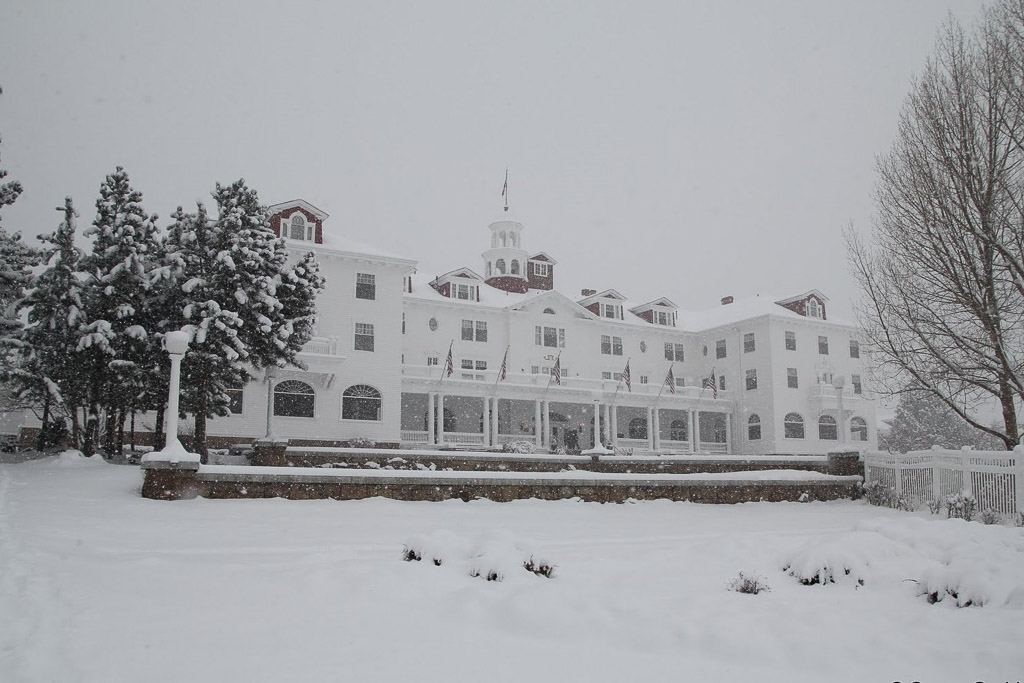 stanley hotel haunted